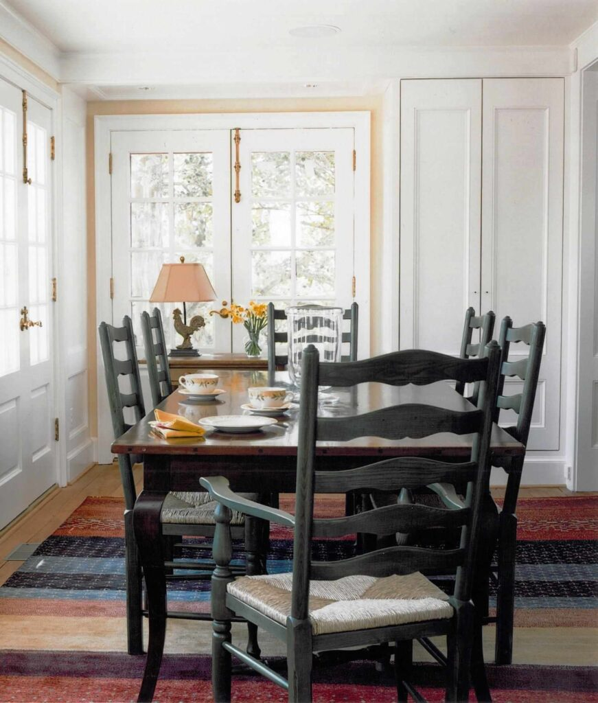 70+ Adorable Farmhouse Dining Room Ideas That Are Simply and Timeless