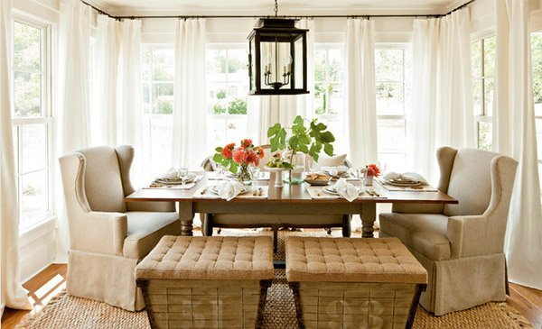 Amazing farmhouse dining room table