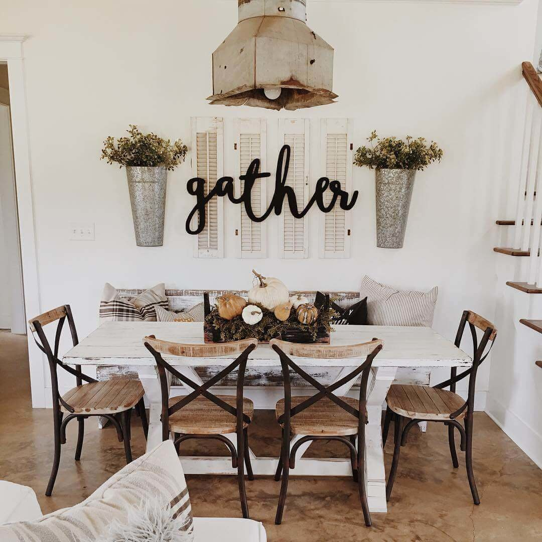 creative farmhouse dining table and chairs