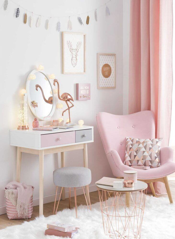 Pretty In Pink Bedroom Scheme