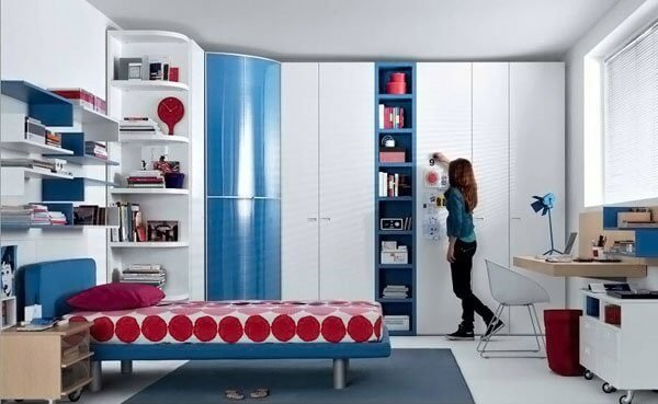 Awesome cheap ways to decorate a teenage girl's bedroom