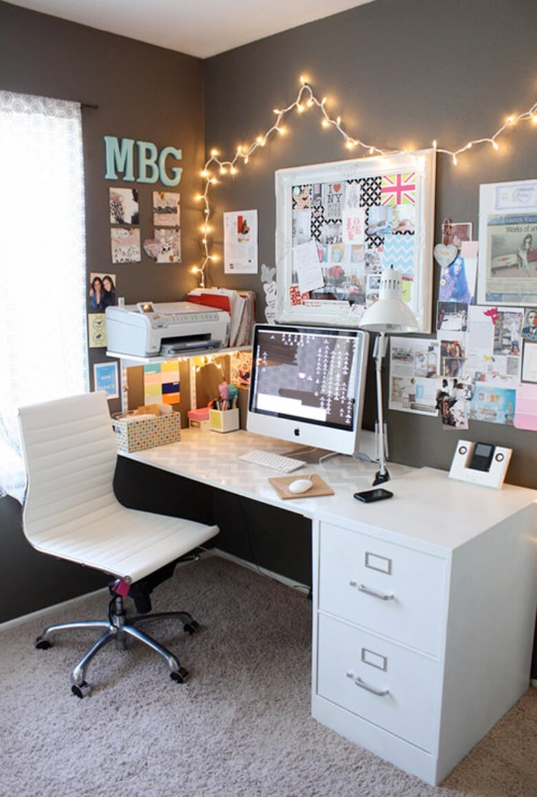 Unique cheap ways to decorate a teenage girl's bedroom