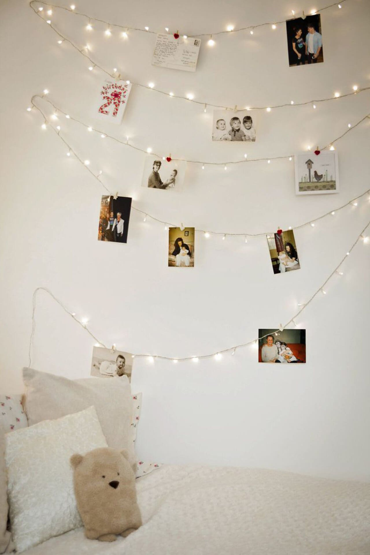 Teenage Girl Clean Walls Decor. Cute Girls Bedroom Ideas